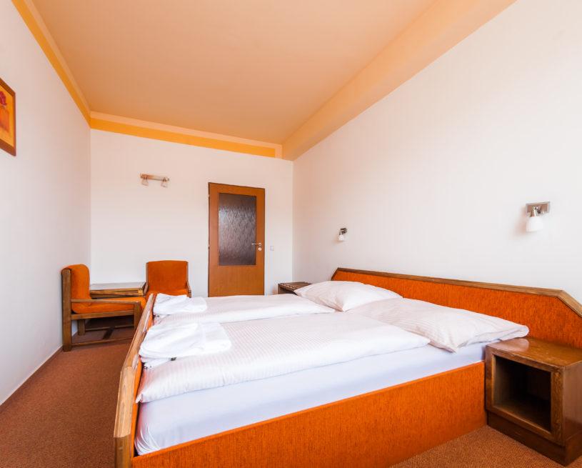 512 – dvoulůžkový pokoj